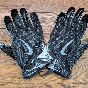 NWOT Nike VAPOR KNIT PE NFL Receiver Gloves Black